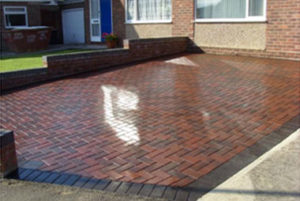 Top Tips For Driveway Power Washing